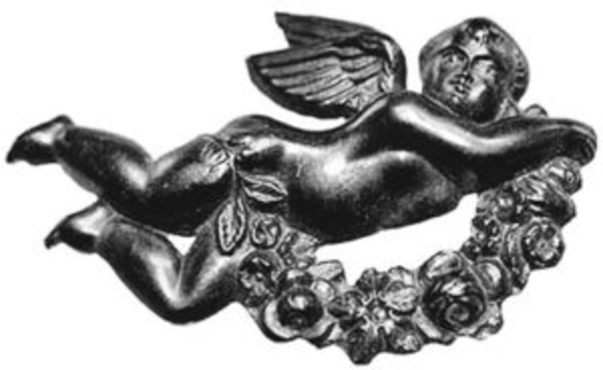 Mourning jewelry may or may not include hair. Cherubs and floral sprays are popular themes that can help identify pieces as mourning jewelry.