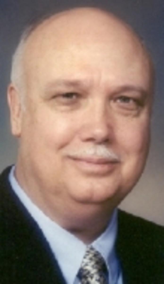 Antiques Auctioneer Wayne Jordan