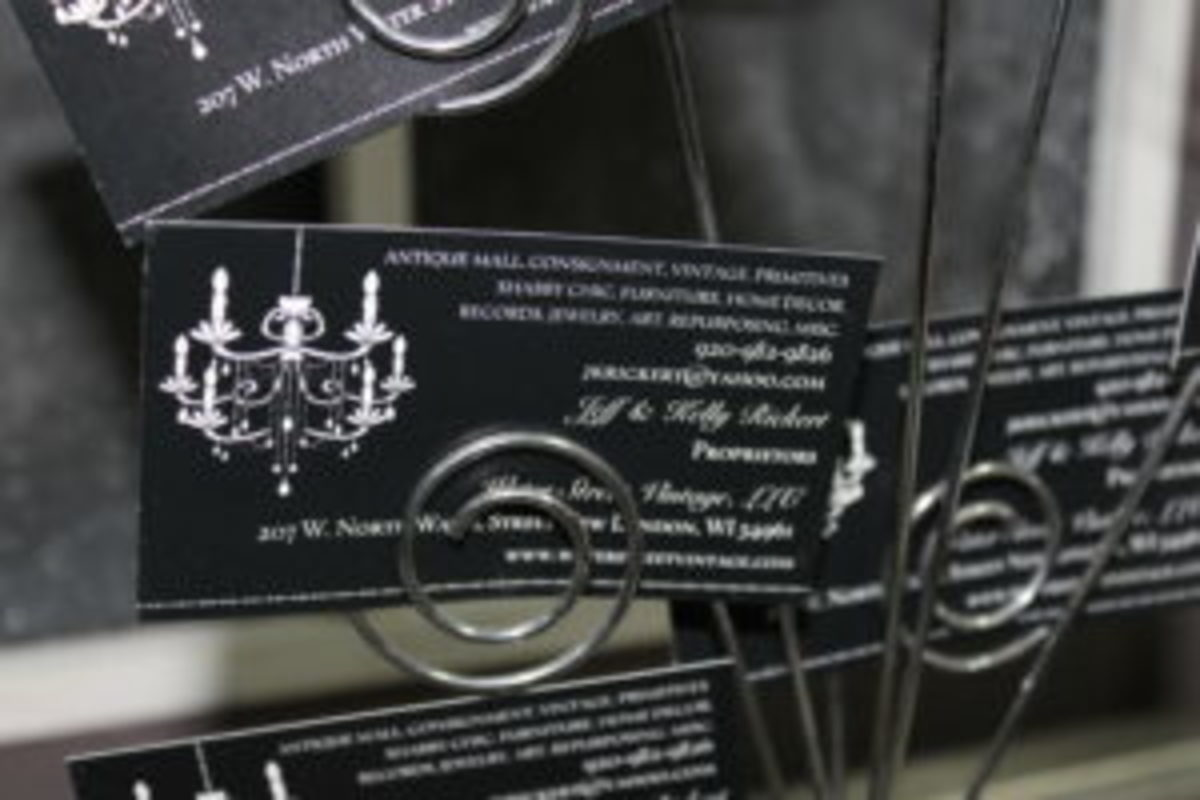 Water Street Vintage business cards