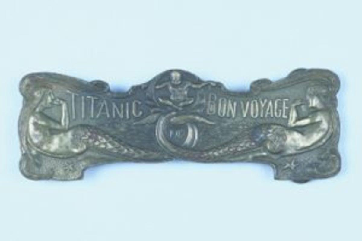 Titanic belt buckle