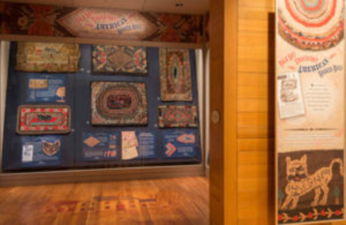 Folk Art Underfoot: American Hooked Rugs