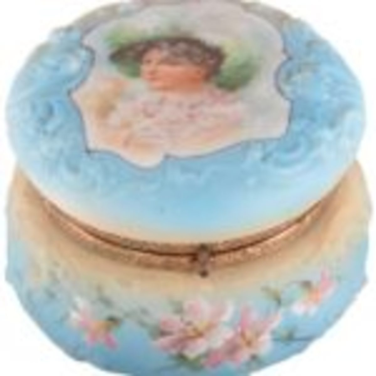 Nakara marked dresser box