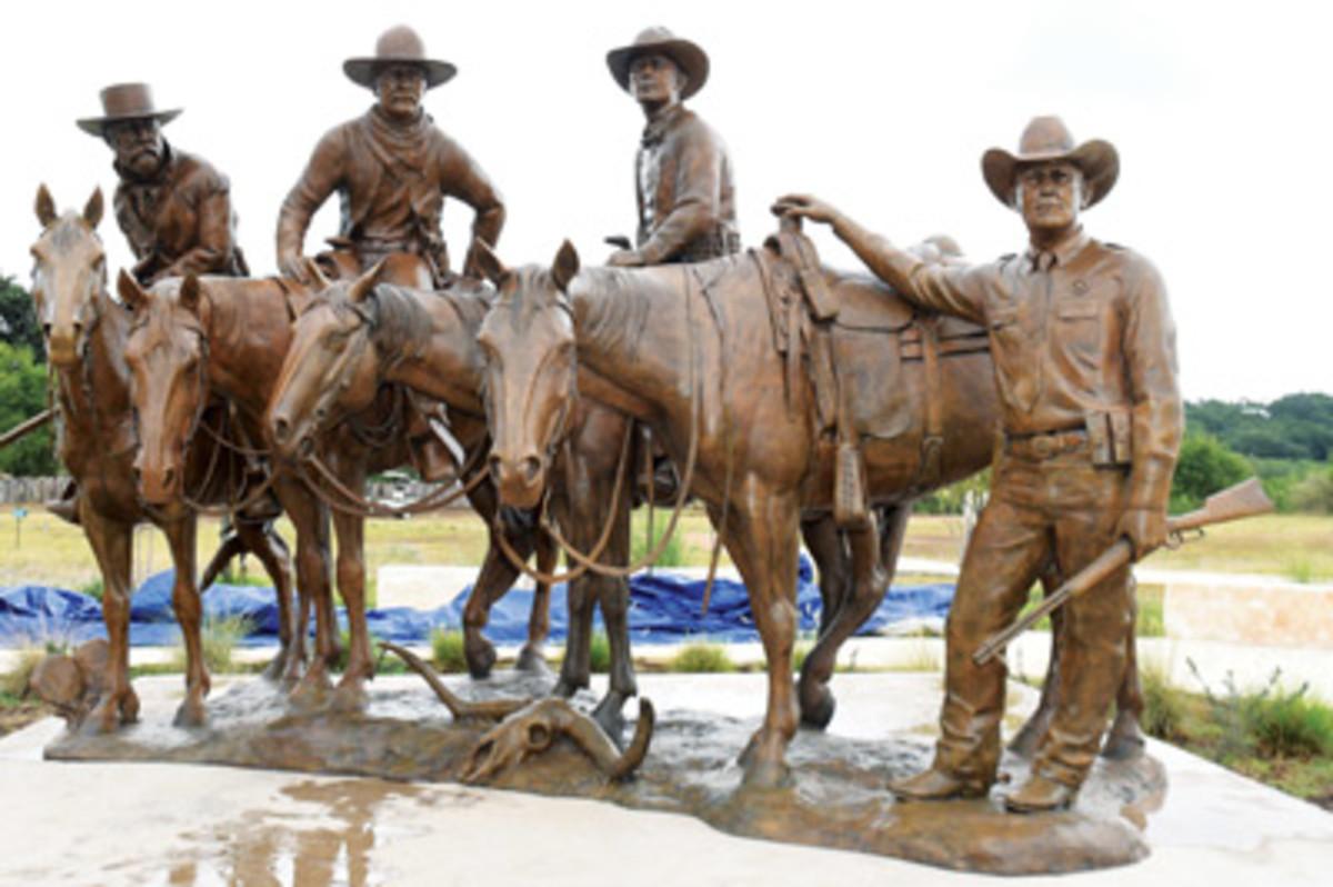 New Rangers statue