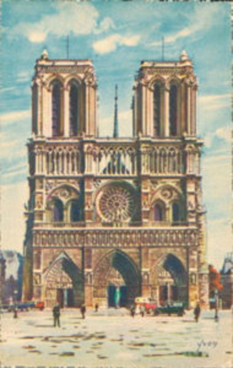 Color postcard of Notre-Dame, west façade, by Yvon.
