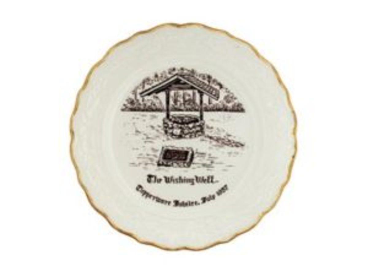 1957 Tupperware Jubilee commemorative ceramic plate