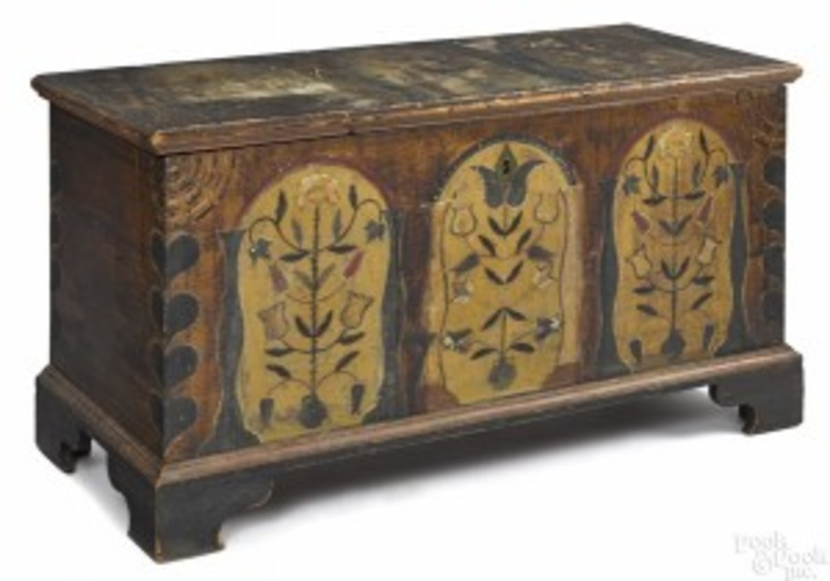 Painted poplar dower chest