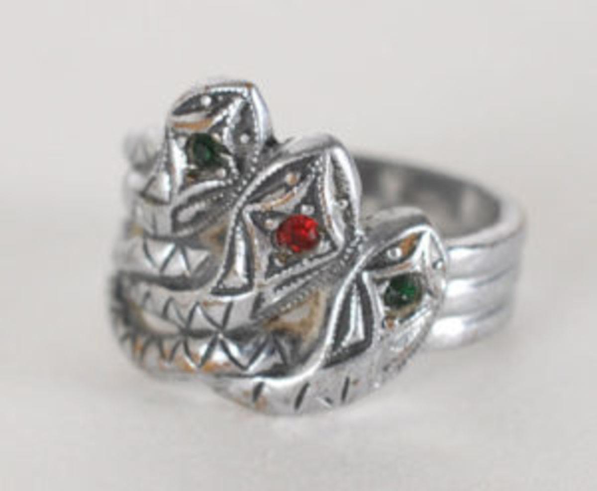 Bonnie Parker snake ring