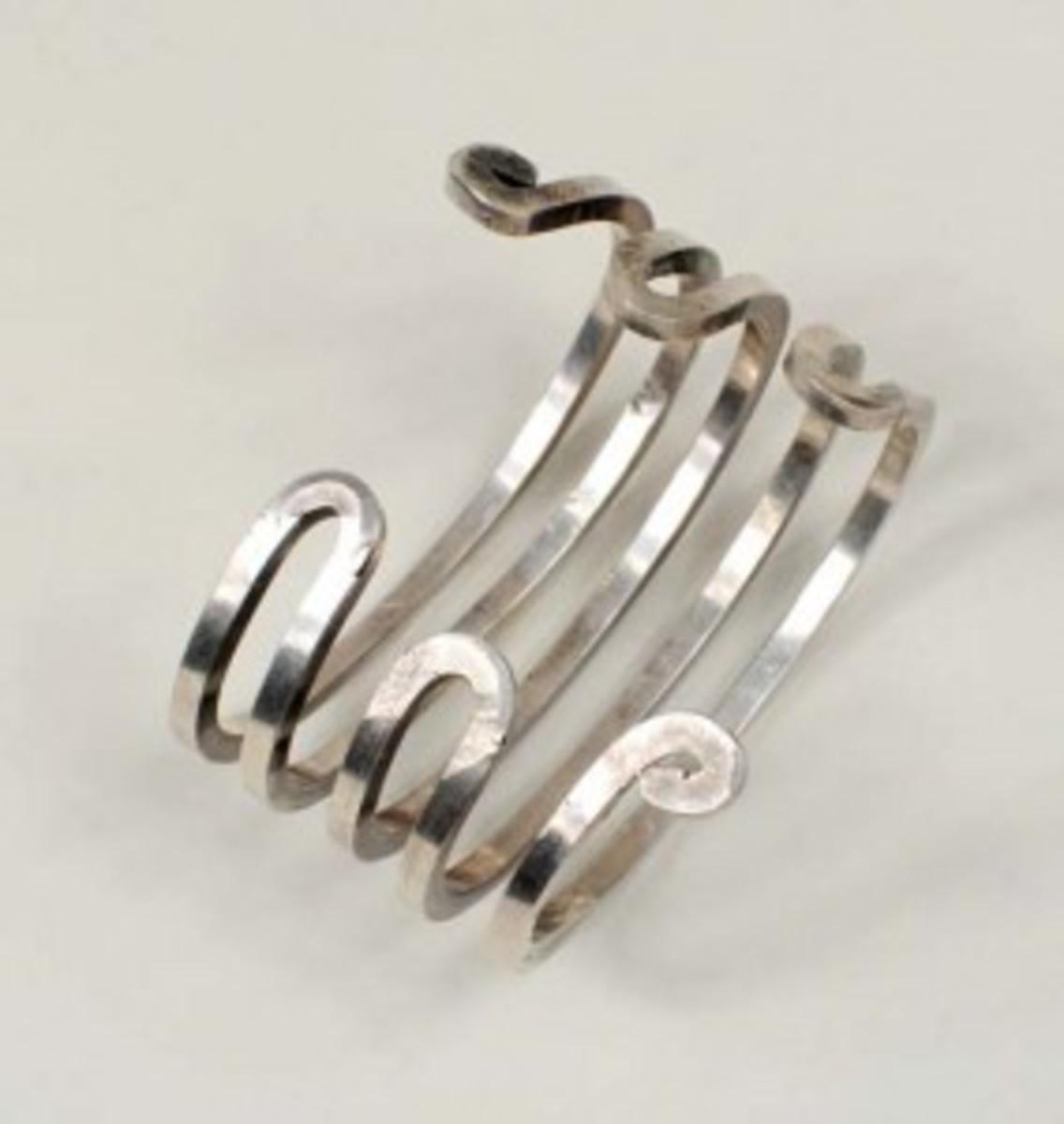 Sterling silver Calder bracelet