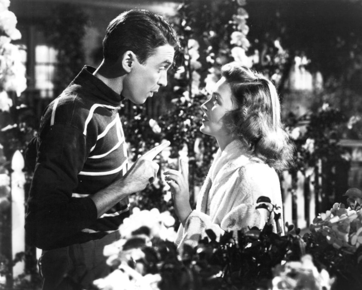James Stewart as George Bailey and Donna Reed as Mary Bailey in a promotional still from It's a Wonderful Life, directed by Frank Capra, 1946.Photo by Silver Screen Collection/Getty Images