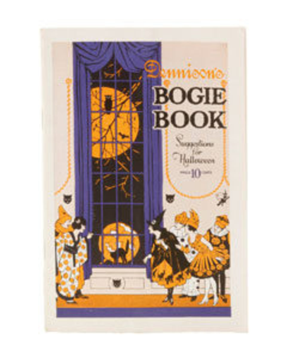 "Softcover Bogie Book, United States, Dennison, 1921, 7-3/4"" x 5-1/4"", 32 numbered pages, $225."