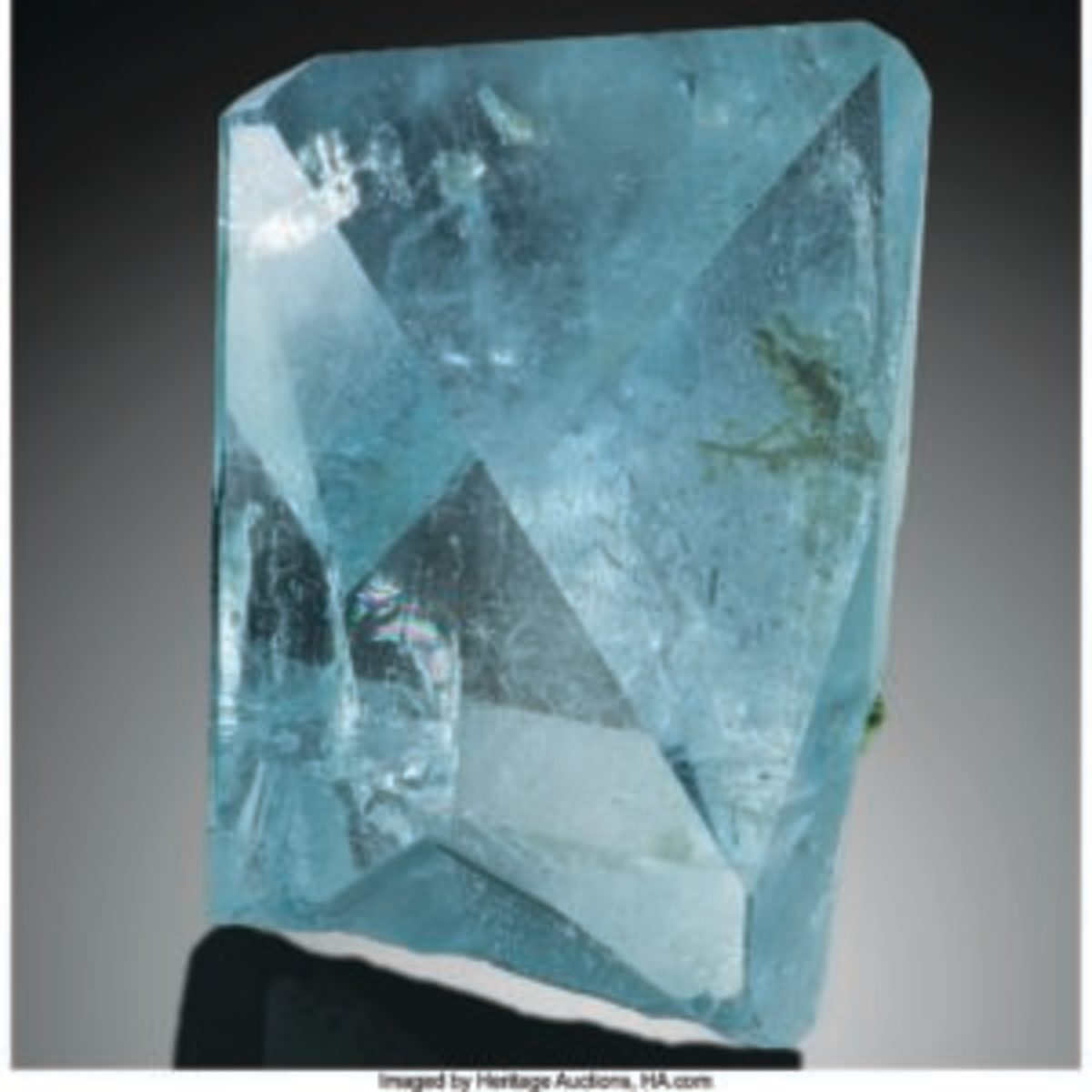 The sale's top lot was this topaz from Brazil, which drew $200,000. Images courtesy of Heritage Auctions