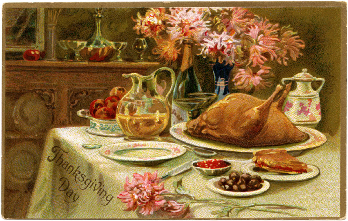We have noticed that holiday tables from the past, depicted in photographs and on postcards like the one here, tend to keep the meal simple.