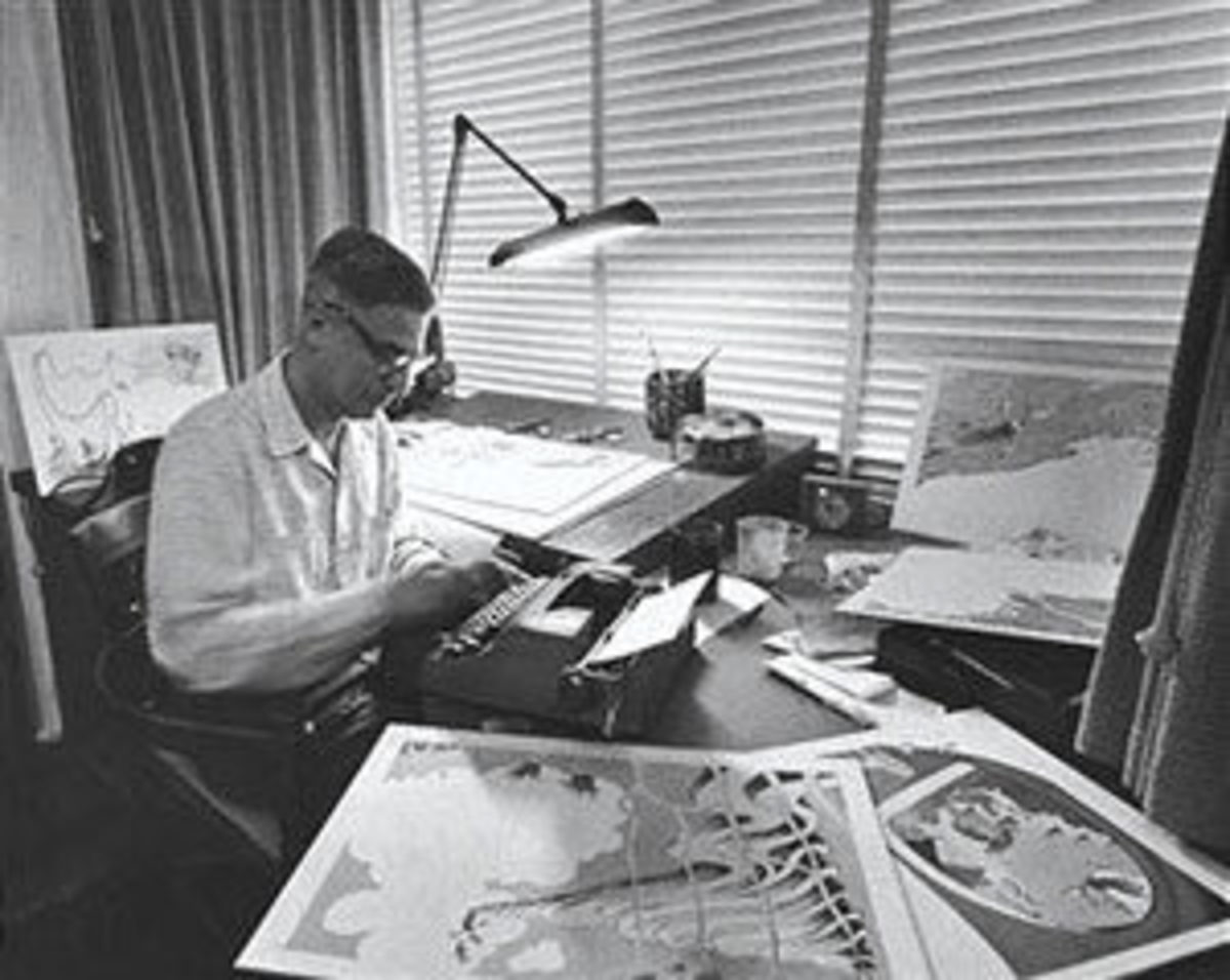 Dr. Seuss, above, and his favored Smith Corona, below.
