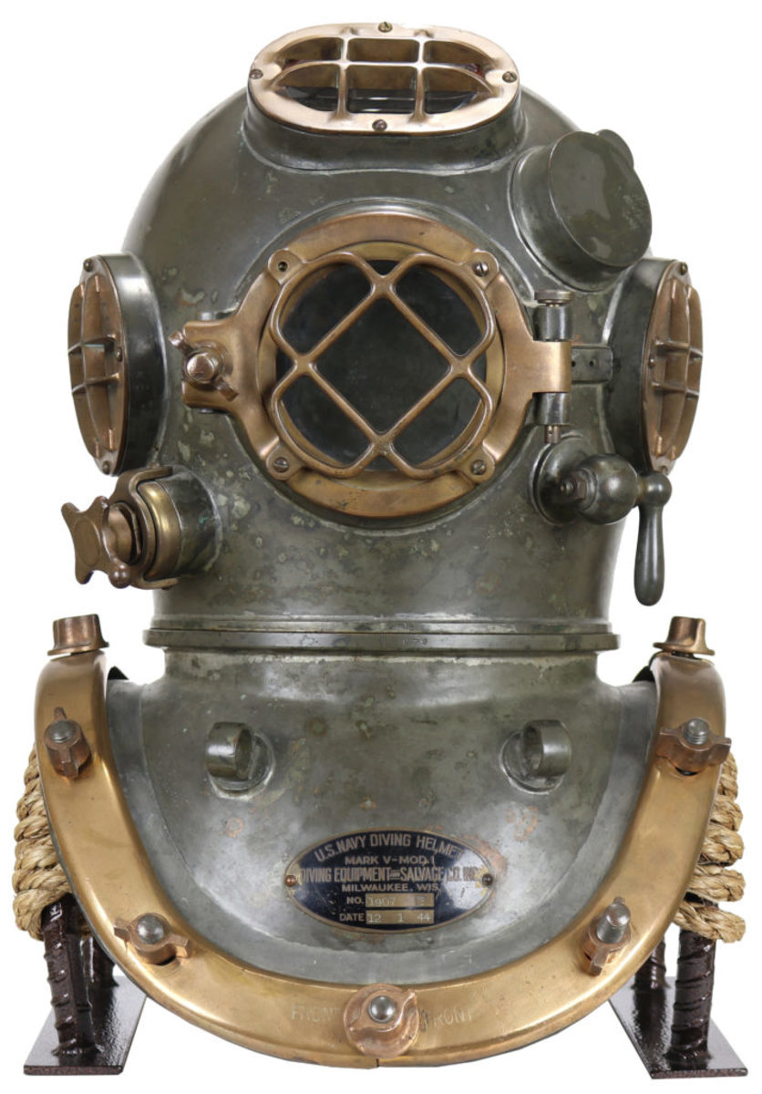 DESCO US Navy Mark V, 1945. The Mark V is the most popular diving helmet to collect.