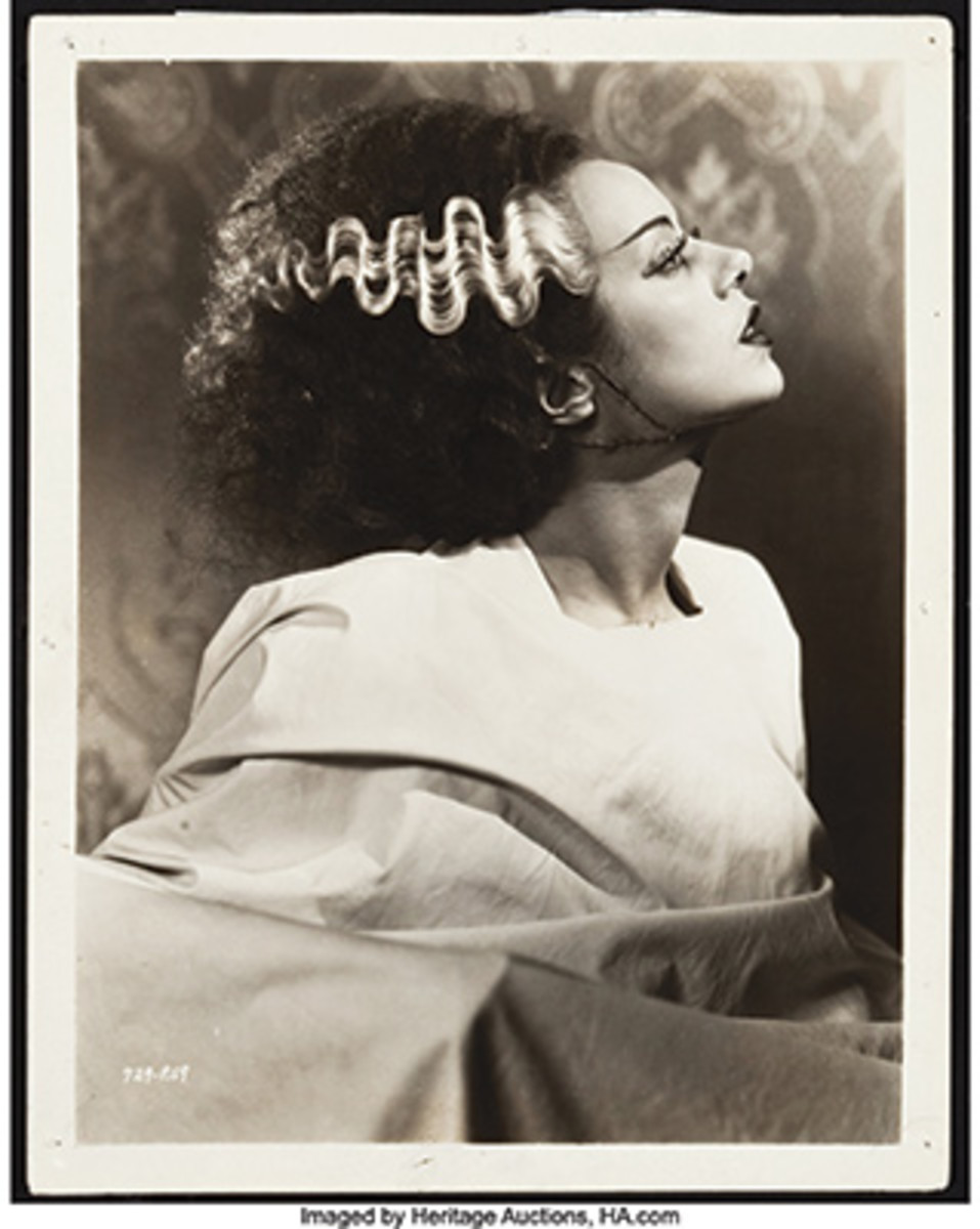 Although not a typical pinup photo, we think Elsa Lanchester looks beautiful as the bride in The Bride of Frankenstein (Universal, 1935).