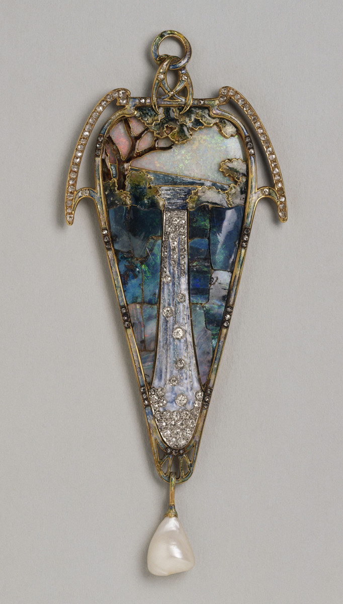 """Cascade"" pendant also designed by Mucha and crafted by Fouquet of gold, enamel, opals, diamonds, papillons, and Barocco (misshapen pearls), 1900. It is now in Petit Palais Museum, Paris."