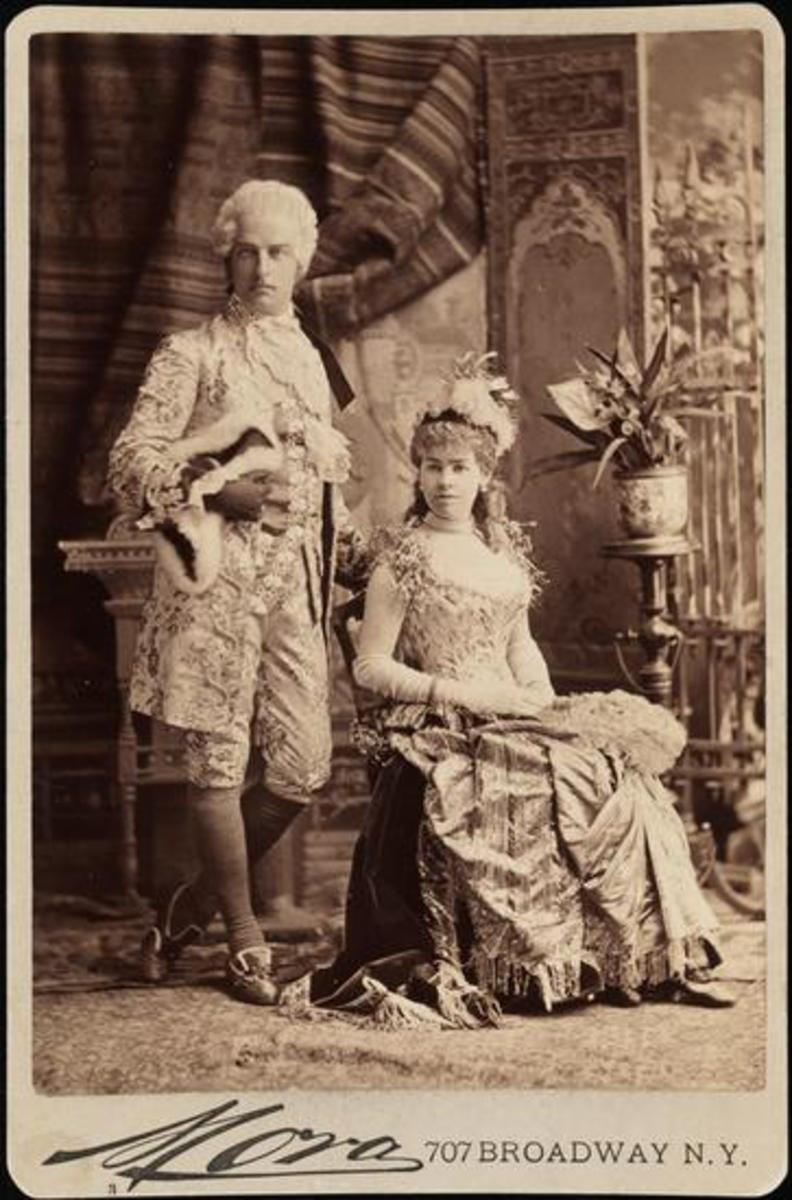Cornelius and Alice Gwynne Vanderbilt II as Louis XVI and the Electric Light.