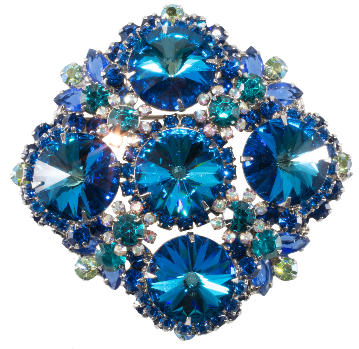 Juliana brooch with rivoli stones and floret embellishment.