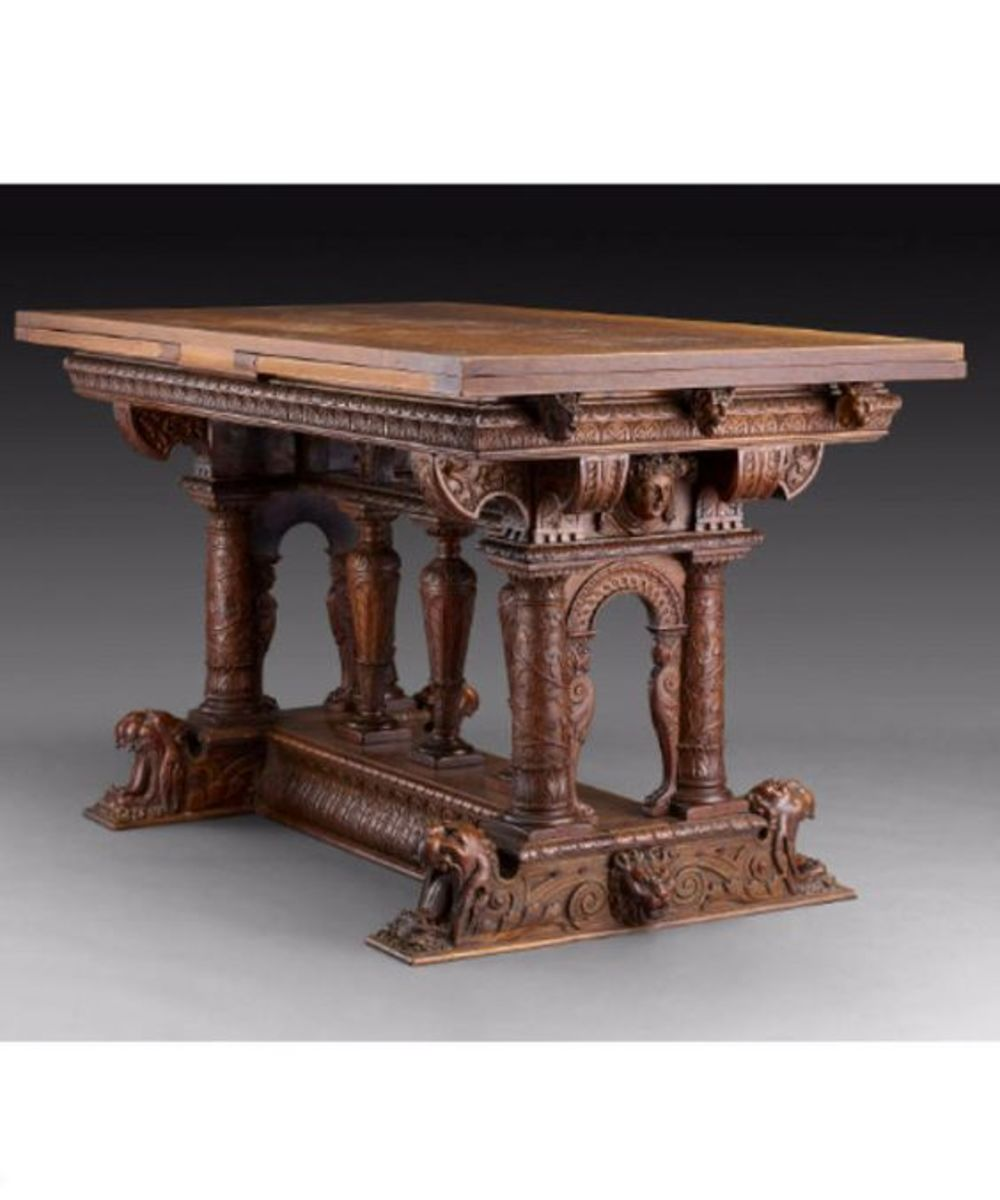 16th Century French Draw Top Table