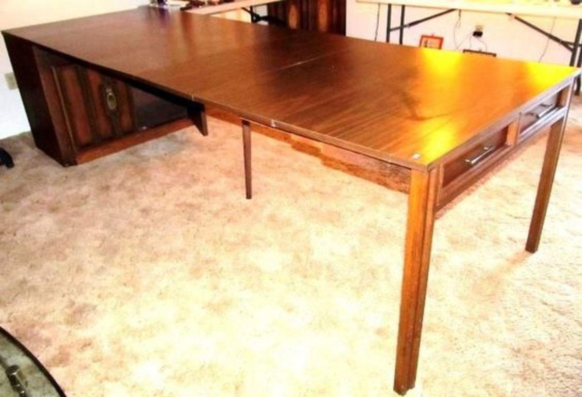 Saginaw Expand-o-Matic Table