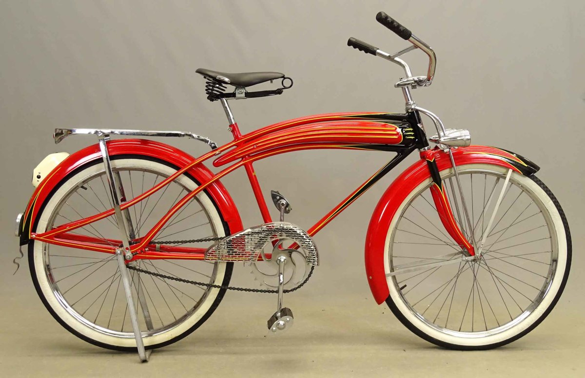 """A circa 1937 Dayton Huffman """"Super Streamliner"""" will be offered in Copake's April 2021 bike auction."""