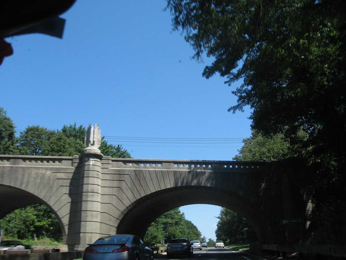 The James Farm Road Bridge, which goes over the Merritt Parkway, is adorned with two sets of Art Deco wings created by sculptor Edward Ferrari in 1940.