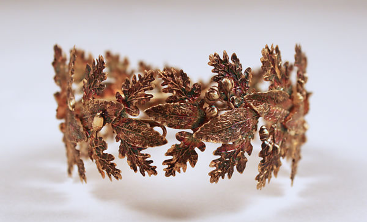 A copper-gilt tiara, French, 19th century.