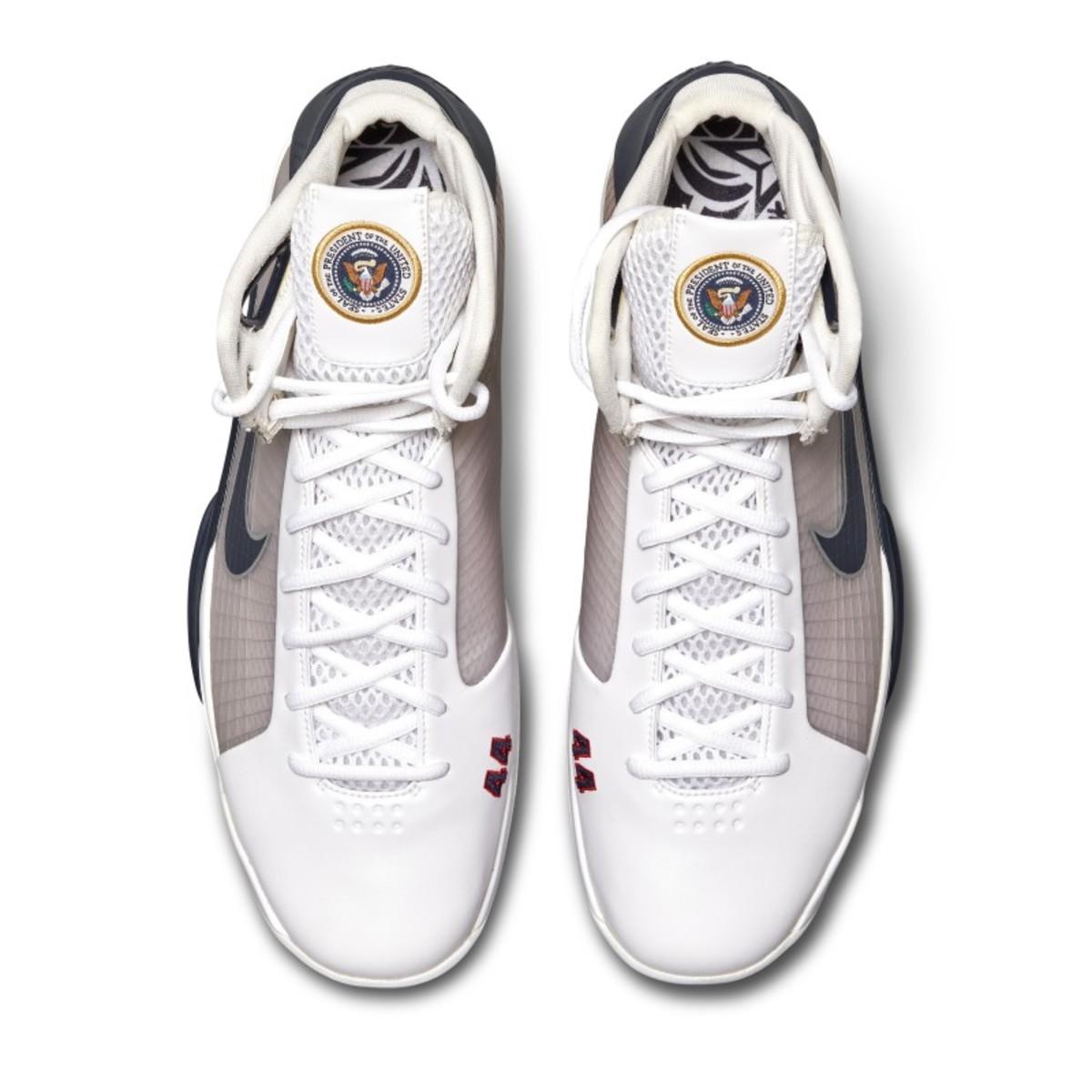 Obama basketball shoes