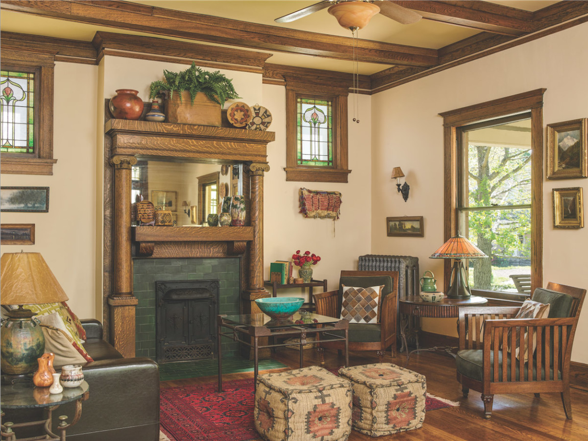 Foursquare living room