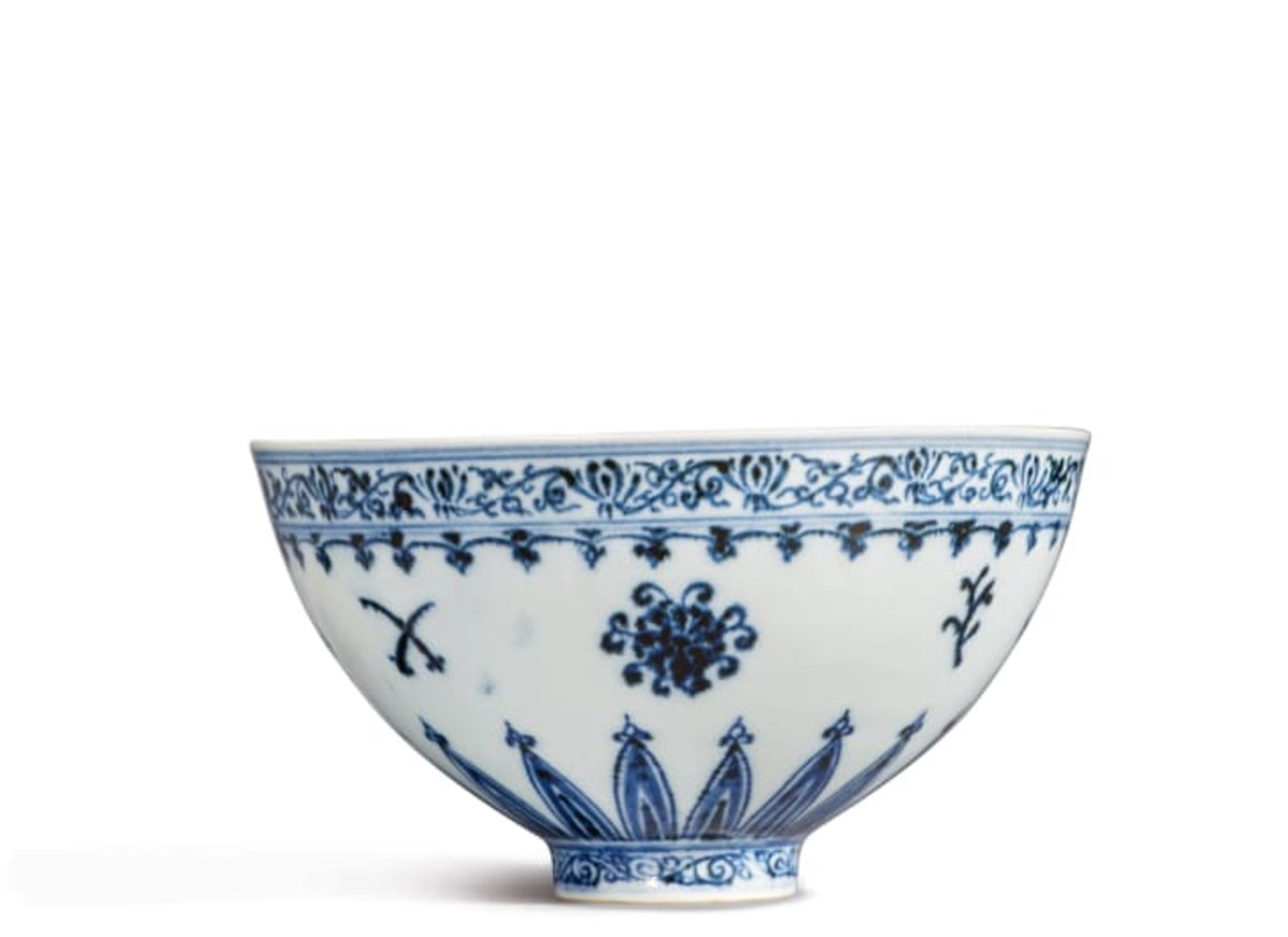 This rare blue-and-white bowl from China's Ming dynasty will be auctioned at Sotheby's New York and could fetch $500,000.
