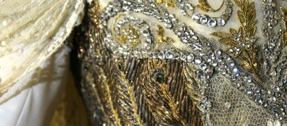 Details of the bodice.