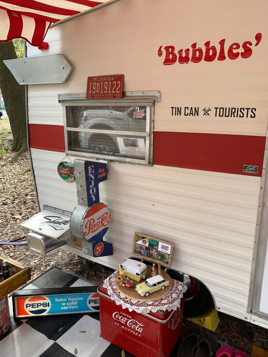 Rick and Bonnie Cook's enthusiasm for the vintage lifestyle quickly 'Bubbles' to the surface, especially when it comes to their 1969 Shasta Compact travel trailer.