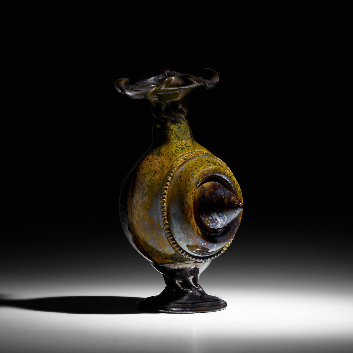 The exceptional Ohr vessell that sold for $100,000. All pottery photos are courtesy of Rago Arts and Auction Center
