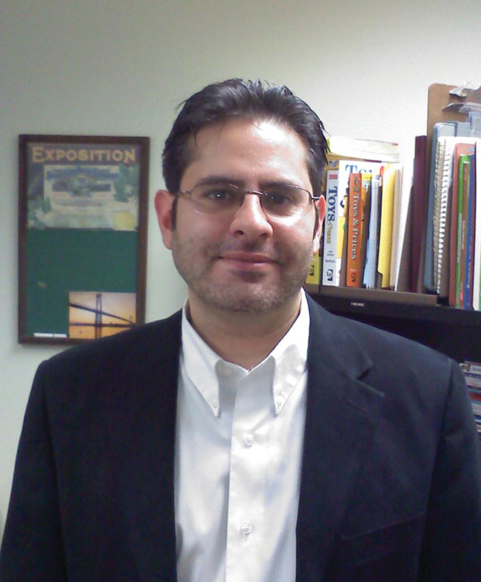 Author Mark Bellomo