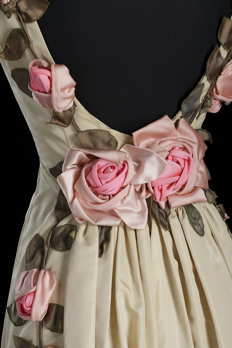 A close-up of the back of the dress.