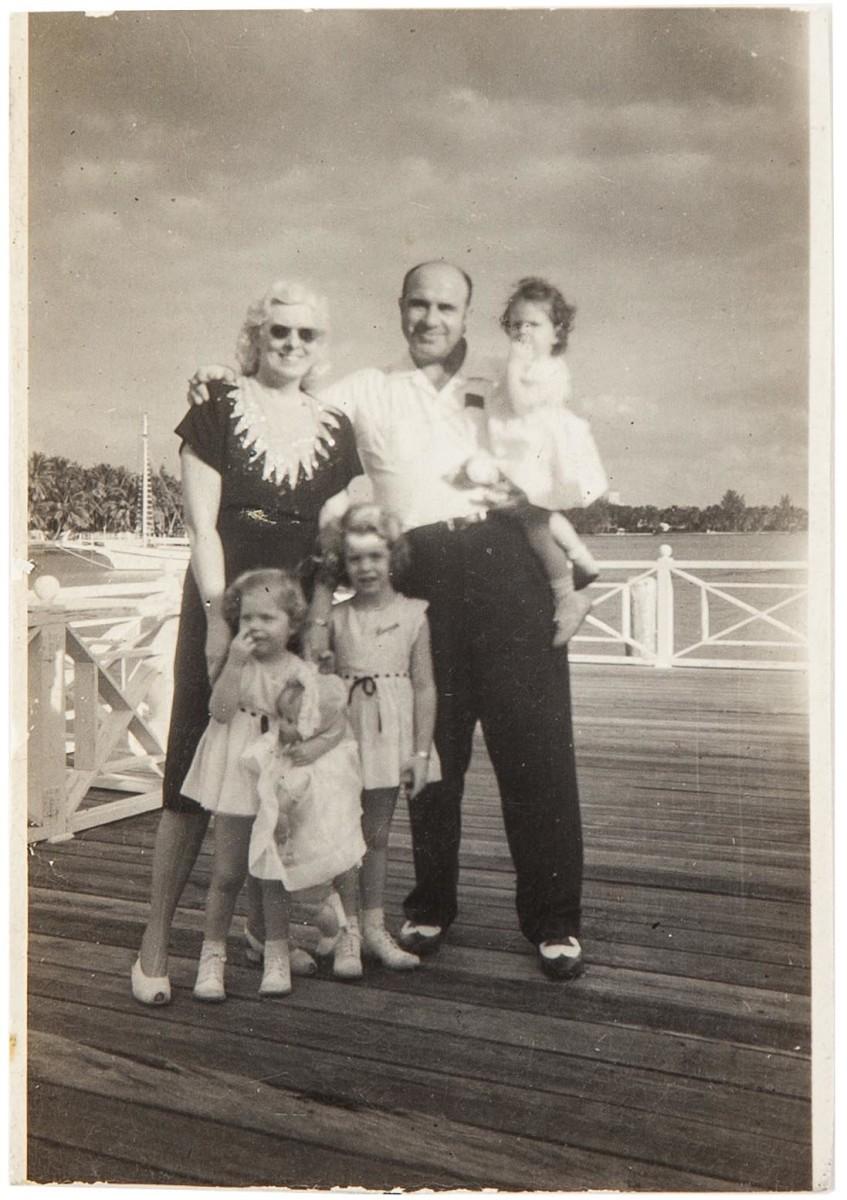 Al Capone with Mae