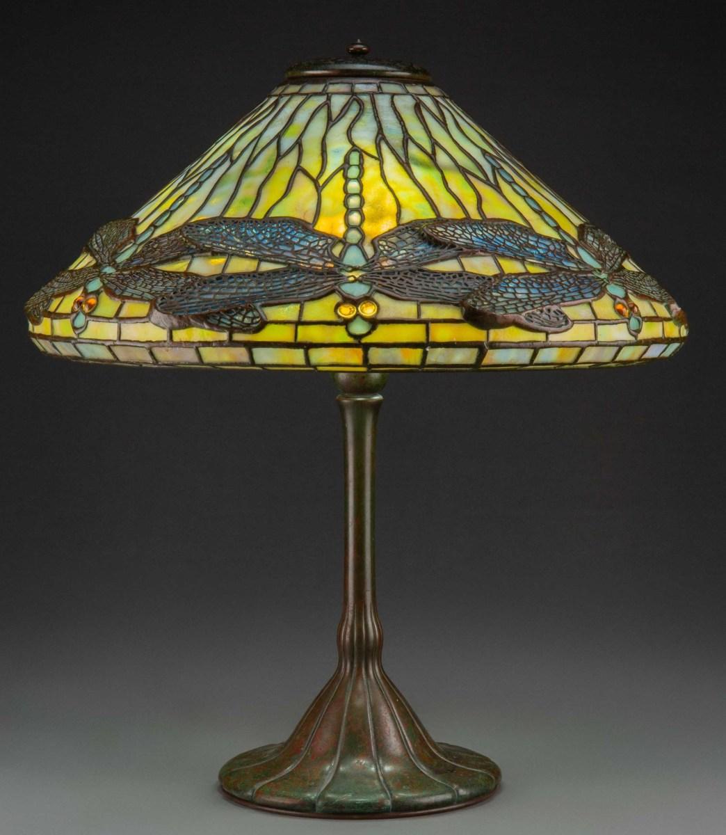 Tiffany dragonfly lamp