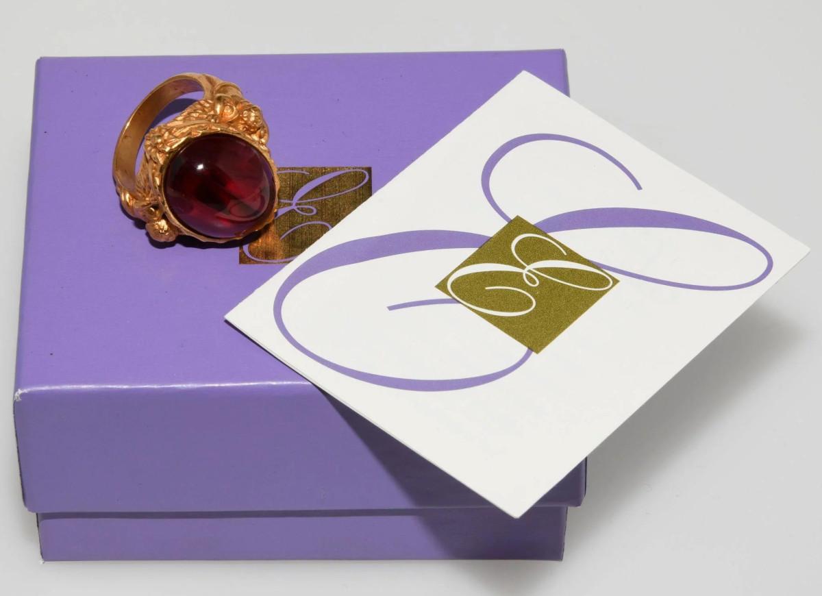 """Elizabeth Taylor Avon """"Gilded Age"""" ring"""