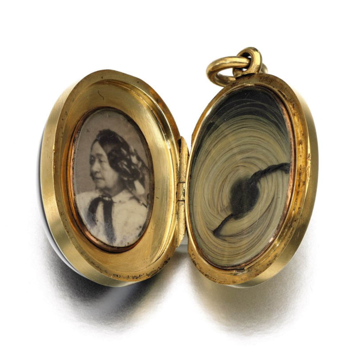 The miniature photograph of the Duchess of Kent and lock of hair.