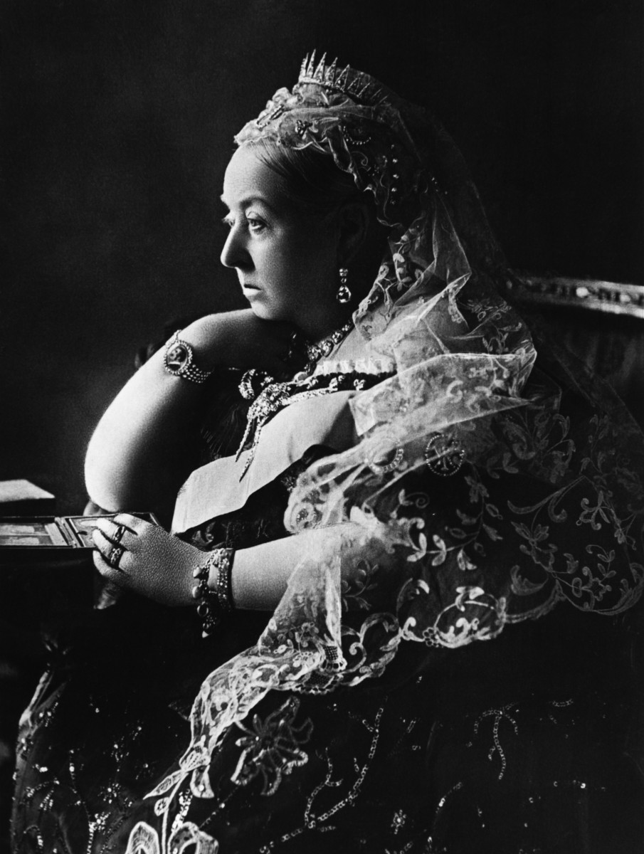 An official Diamond Jubilee portrait of Queen Victoria by Gunn & Stewart and issued in the Spring of 1897, issued in the spring  of 1897.