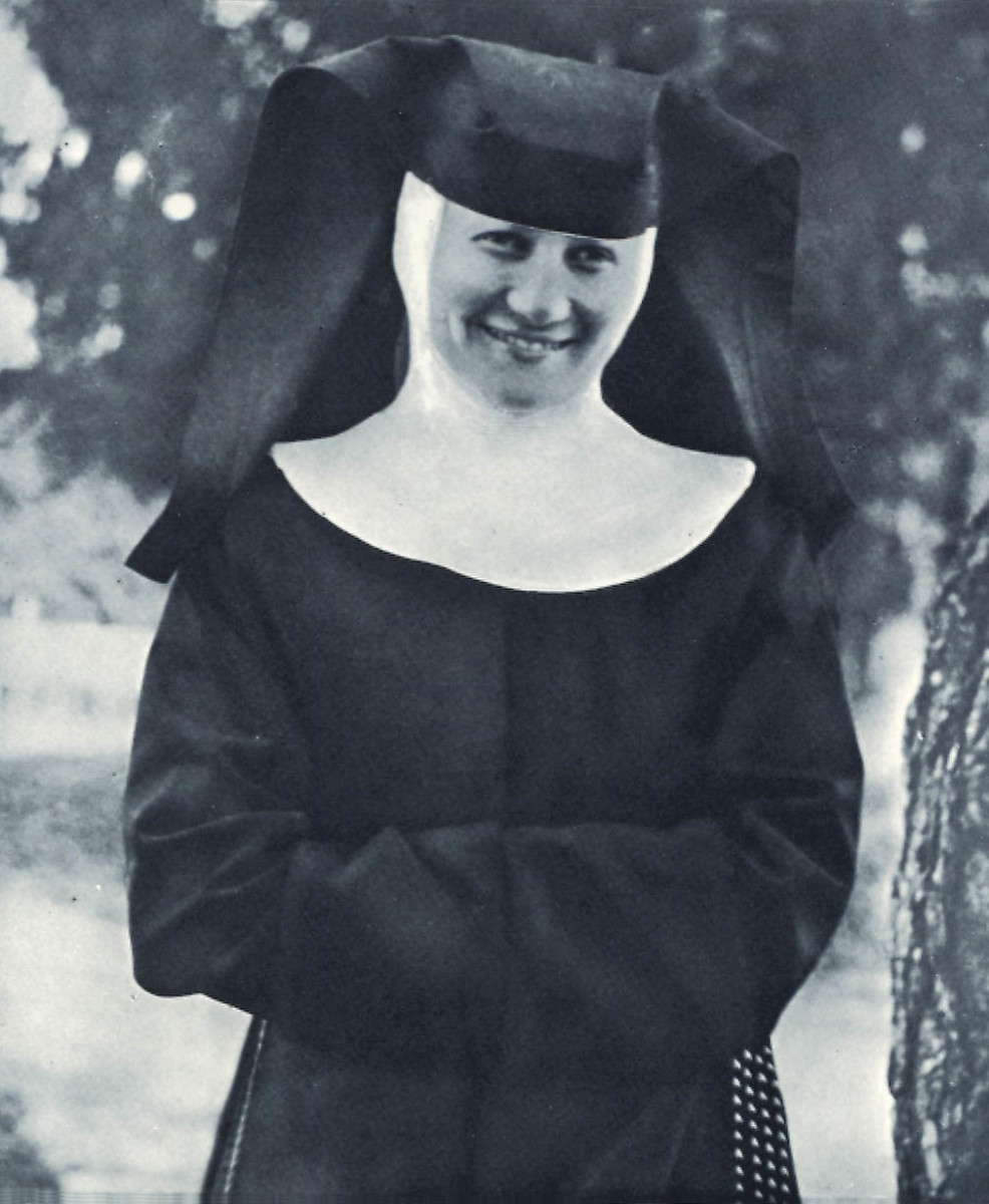 Berta Hummel, an aspiring artist, took her vows in the Convent of Siessen on August 30, 1934, becoming Sister Maria Innocentia.