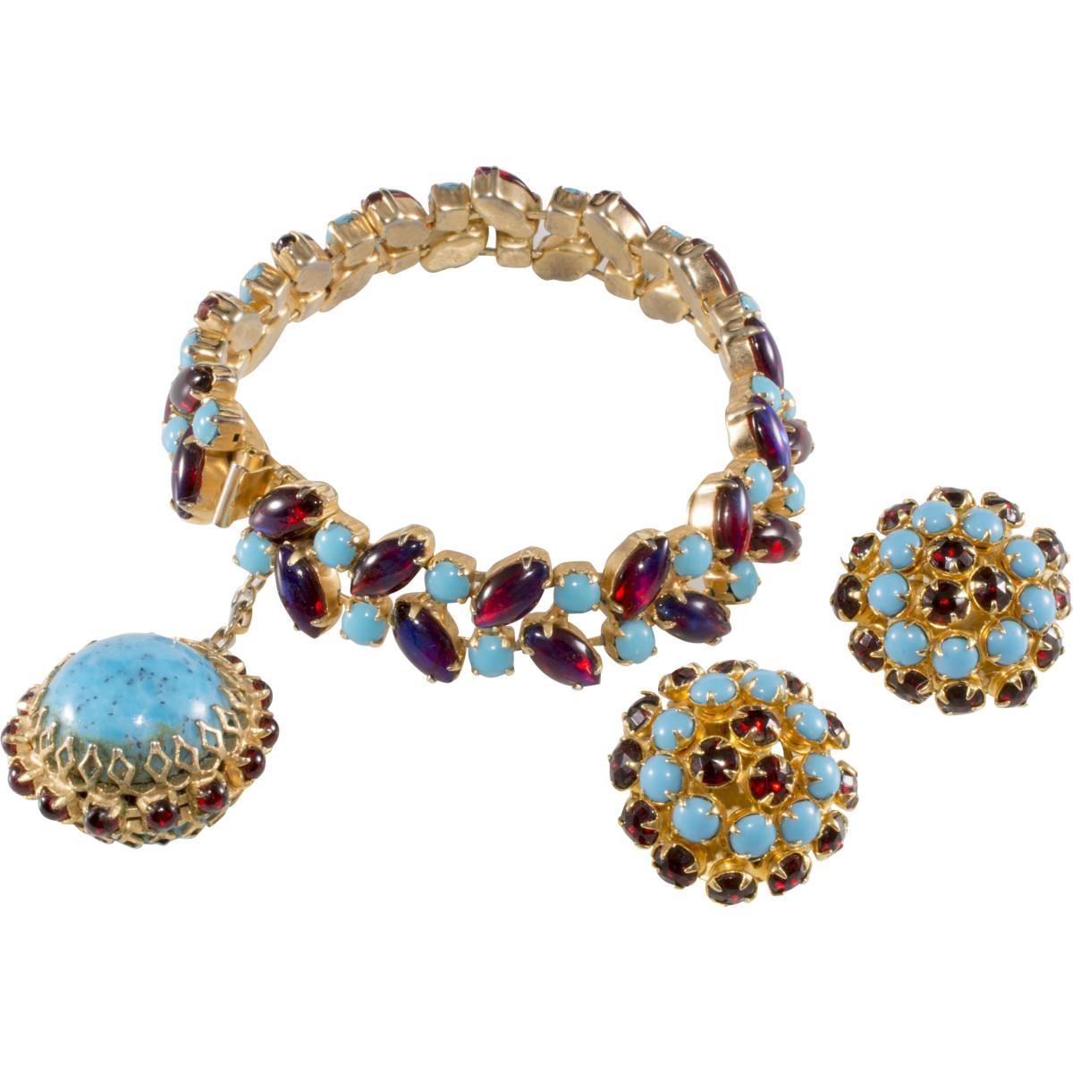 Hattie Carnegie bracelet and earrings set