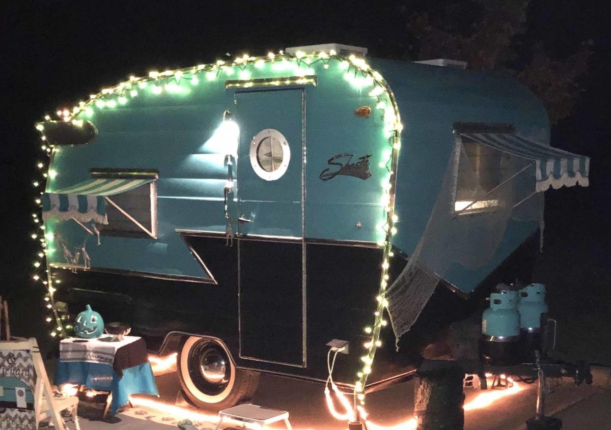 1963 Shasta camper