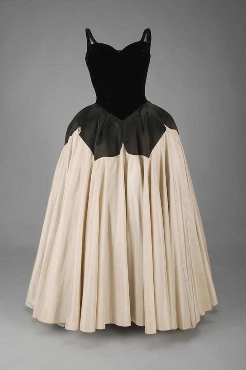 The Petal gown in black velvet and silk, designed in 1951. Courtesy of the Chicago History Museum